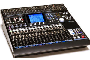 TASCAM DM-24 DIGITAL MIXER