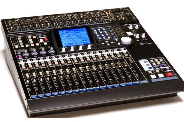 TASCAM DM-24 DIGITAL MIXER